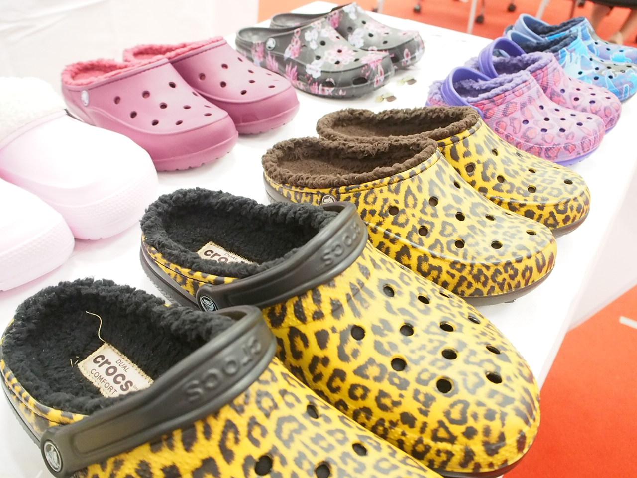 crocs(クロックス)を買うなら10月6日をチェックせよ!2,980円均一!送料無料